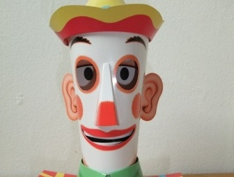 clown with moving eyes